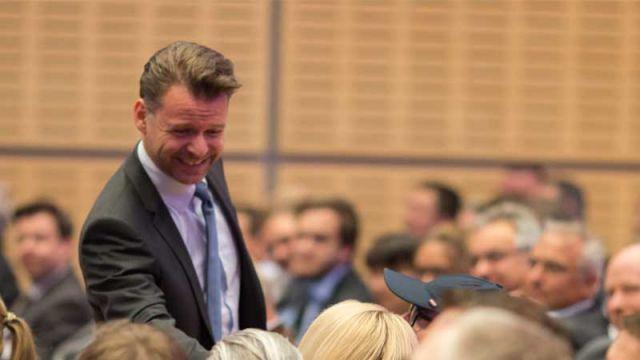 Tobias Kollmann auf dem d.velop forum