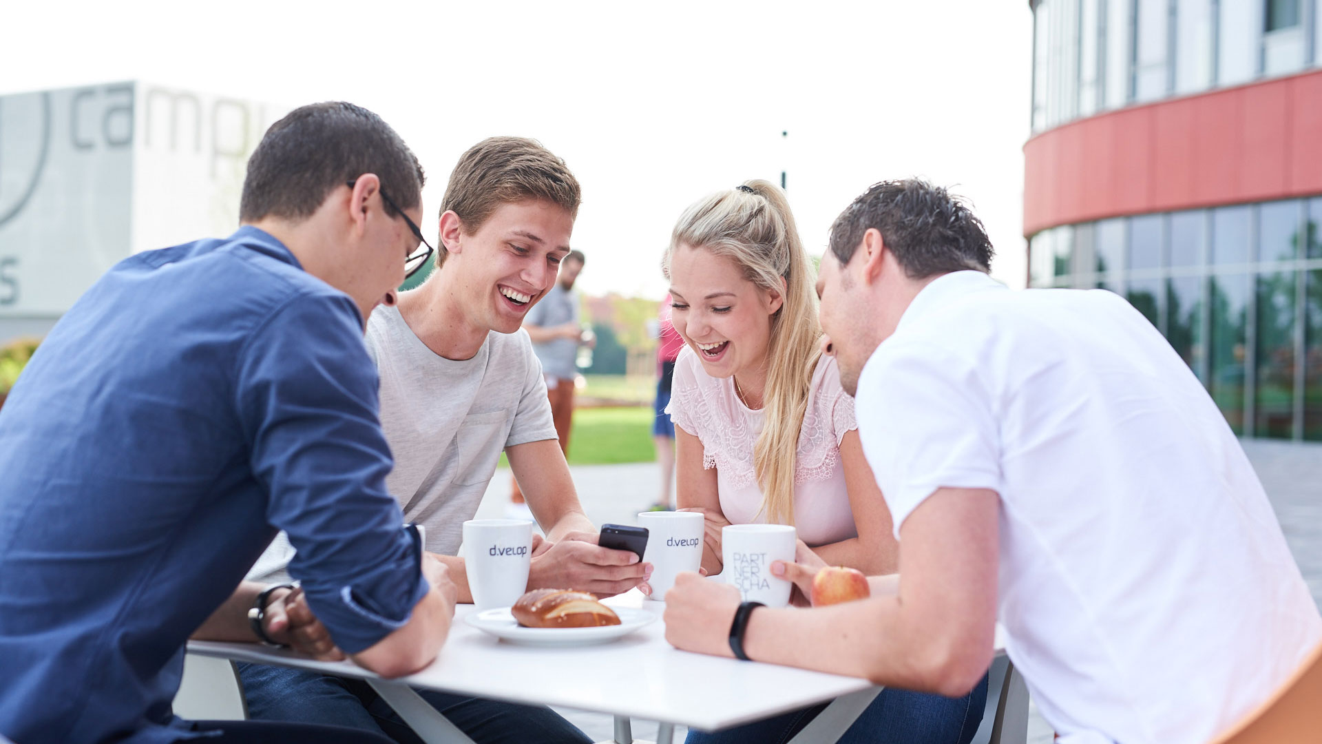 Meeting auf dem d.velop campus